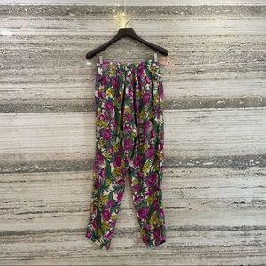 H&M loose fit pants size EUR 38 US 8 multicolor